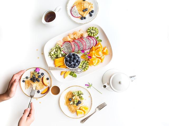 Dlaczego warto pić maślankę na diecie?