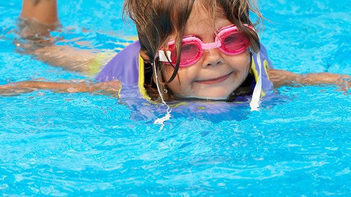 Okulary na basen przeznaczone dla dzieci