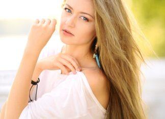 Naturalne peruki blond