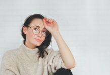 Czym charakteryzują się soczewki okularowe ze wsparciem akomodacji